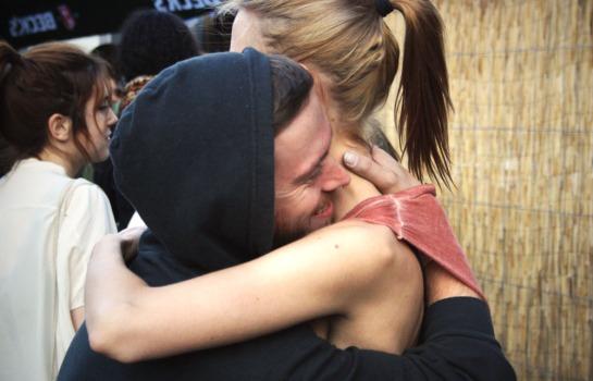 hug beyondline